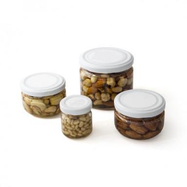 Орехи и кунжут в меду
